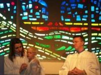 В каком раннем возрасте можно принимать крещение?